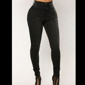 NWT Fashion Nova Black Nagini Skinny Jeans 15
